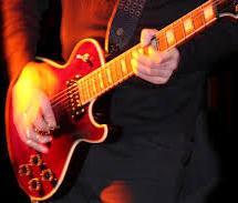 guitarist-red-lespaul